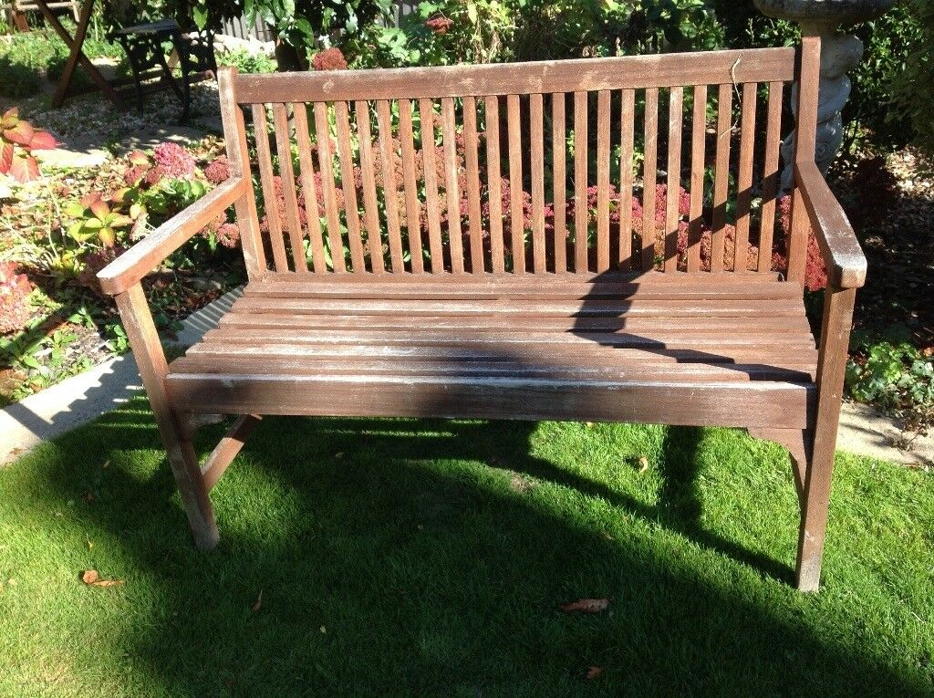 Magnificent Wooden Garden Bench Good Condition Needs Repainting Or Staining In Gosport Hampshire Gumtree Bralicious Painted Fabric Chair Ideas Braliciousco