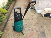 BOSCH Aquatic 120i electric power washer. 1800 watts. 360 litre flow per hour. Great clean machine.