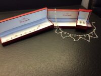 Bespoke Bridal/Evening Jewellery set comprises of: Necklace, Bracelet and Earrings