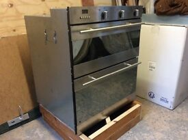 Fan oven and grill for under worktop.