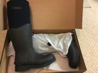 Brand new in box Rok Lanark Neoprene Black Riding Wellies/Boots