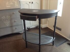 Console table in grey with shabby chic heart detail