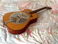 Resonator electro-acoustic guitar