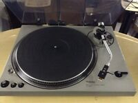 Technics SL-1800 **RARE VINTAGE - Direct drive turntable**