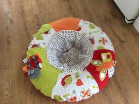 Baby play nest red kite