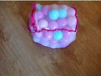 Children plastic play balls