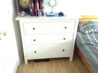Bedroom drawers white
