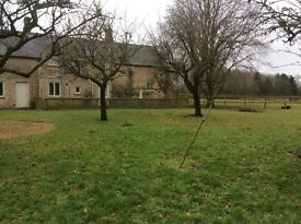 FOR RENT. Lechlade on Thames. 2 bedroom farm cottage