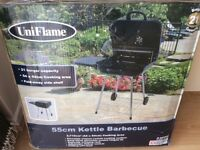 FOR SALE BRAND NEW TOP MAKE UNIFLAME KETTLE BARBECUE