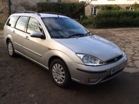 2003 FORD FOCUS ESTATE 1.6 GHIA **AUTOMATIC** IN STUNNING SILVER - ONLY 61,000 MILES - 11 MONTHS MOT