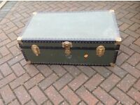 Travelling trunk coffee table storage box