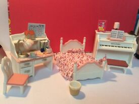 Sylvanian girls bedroom set