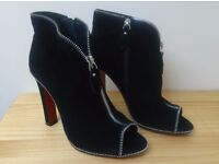 Fashionable Designer Black Real Suede RED SOLE Heeled Ankle Boots - NEW - Hight Quality - Size 38