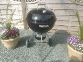 Large Weber one touch charcoal grill. 54cms.