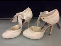 BRAND NEW Bridal Shoes Ivory lace
