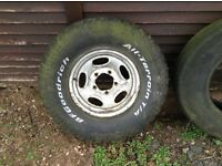 Land Rover rim and off road tyre 31 x 10.50 R15 lt Goodrich all terrain, loads tread.