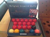 Aramith tournament snooker balls and case