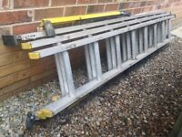 Aluminium triple ladders with stabiliser stabilizer & levellers / adjusteable feet