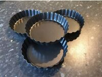 Loose bottoms fluted tart/quiche tins x4