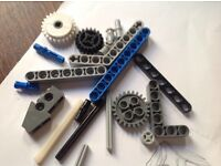 Lego technic gears/cogs/L shaped bits wanted for a beginner, postage and fee paid.