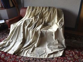 top quality curtains 52ins across, 79ins long. Heavy duty, fully lined, pencil pleats. Two available