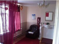 Stunning three bedroom house in Dagenham. Part dss accepted- EXCELLENT GUARANTOR
