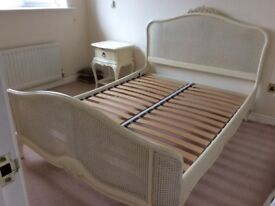Willis &Gambier Bed Frame