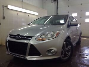 2012 Ford Focus SE - Leather, Bluetooth,  FWD