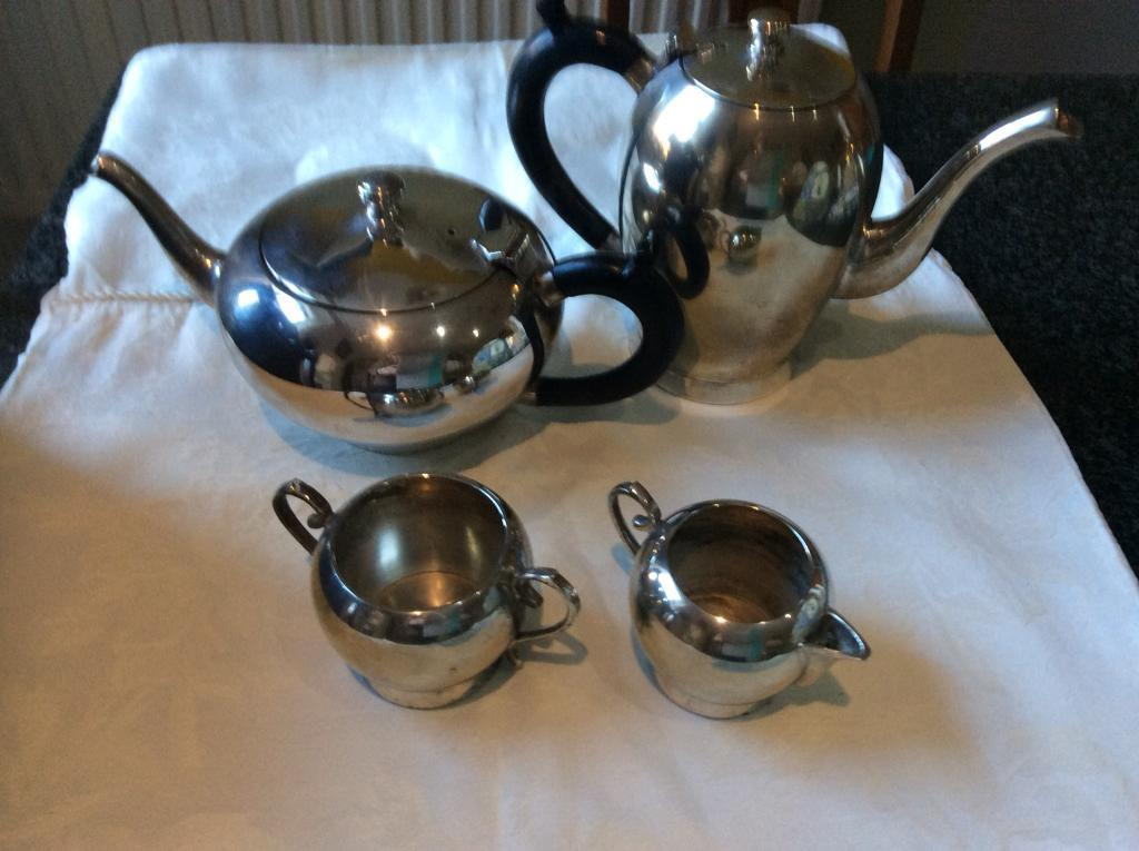 Silver plated teapot, coffee pot, milk and sugar