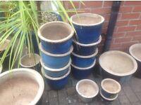 blue garden pots different sizes startig from £2.00 to £15.00 vgc