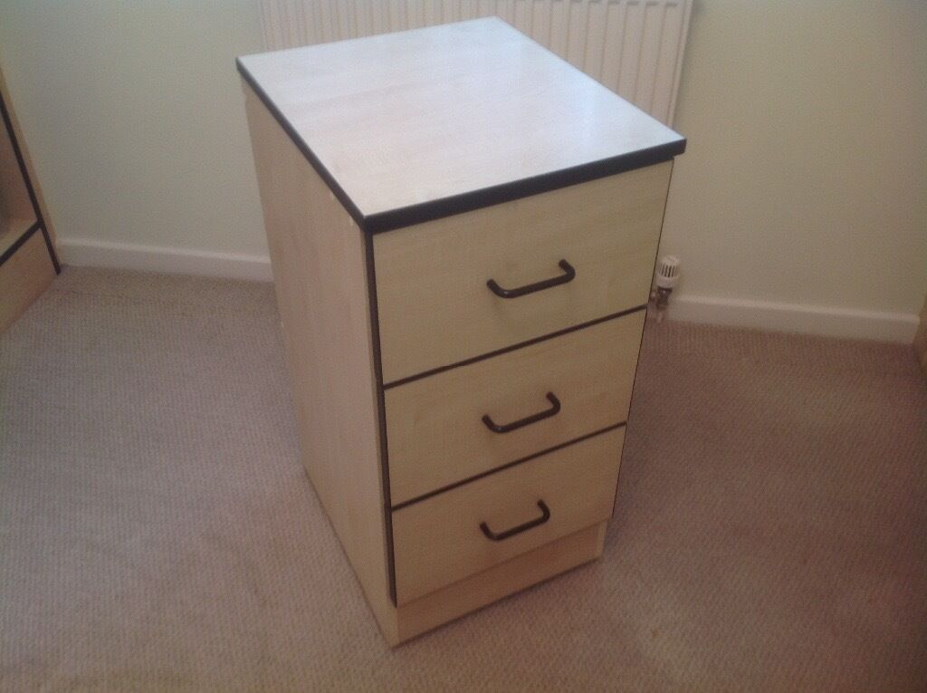 Chest of drawers-