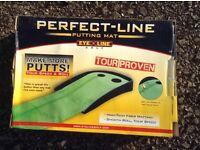 Golf putting mat. Perfect-line Brand. Practice your putting anywhere! VGC