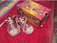 Girls new with box twinkle toes size uk 13.5