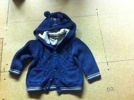 Sainsburys hooded top (unisex) 12-18 months