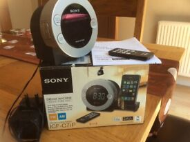 Sony FM/AMClock Radio with docking station