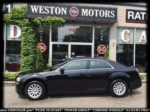 2011 Chrysler 300 PUSH TO STRT*POWER GROUP*CHROME WHEELS*LUXURY