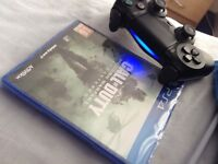 Mint Ps4 pad and brand new remastered modern warfare bargain!!