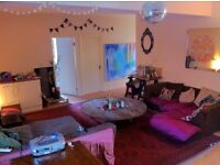 Double room in Warehouse Dalston - Sublet 25th July 25th Aug, flexible dates £600 all incl. !!