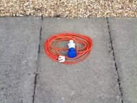 10 METRE HOOK UP CABLE TO 13 AMP ELECTRIC SOCKET