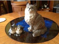 GOOD CONDITION BESWICK PORCELAIN ORNAMENTAL CAT AND KITTENS
