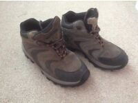 Size 9 Walking Boots.