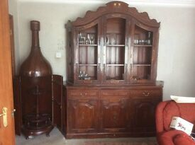 Dresser and matching Drinks Cabinet
