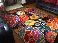 BRAND NEW large floral rug