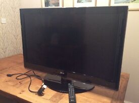 HD TV by LG for Sale. £100