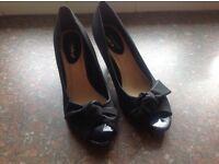 Brand new Peep toe ladies evening type shoes size 7