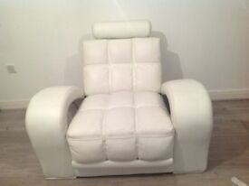 BEAUTIFUL WHITE DESIGN LEATHER 3+1 CHAIR EXCELLENT