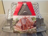 Nordic ware gingerbread house bundt baking tin NEW