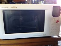 Microwave oven and grill in good working order
