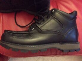 Bran new without box rock port black boots