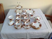 Royal Albert tea service, Bone China set.